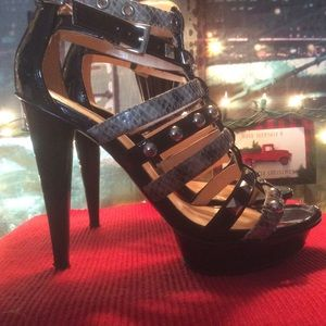 Guess Shoes - Guess Strappy Platform Heels 61/2